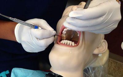 Tijdelijke tandprothese voor 1 tand nodig? Maak 'm zelf!